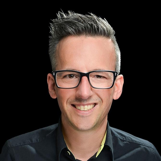 Daniel Löffler im Team von Grimm Trauringe